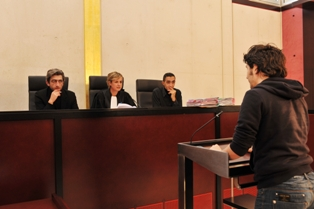 Audience devant le tribunal pour enfants  Dicom - C. Lacne